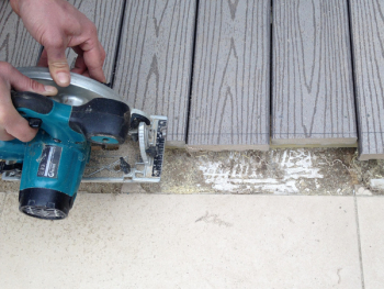 Top factors to consider in decking materials: Maintenance