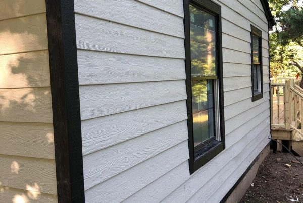 Most common siding problems to watch out for during winter