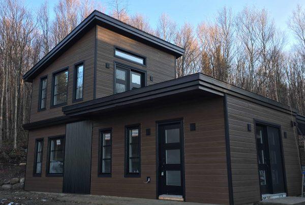 Engineered wood siding vs natural wood siding