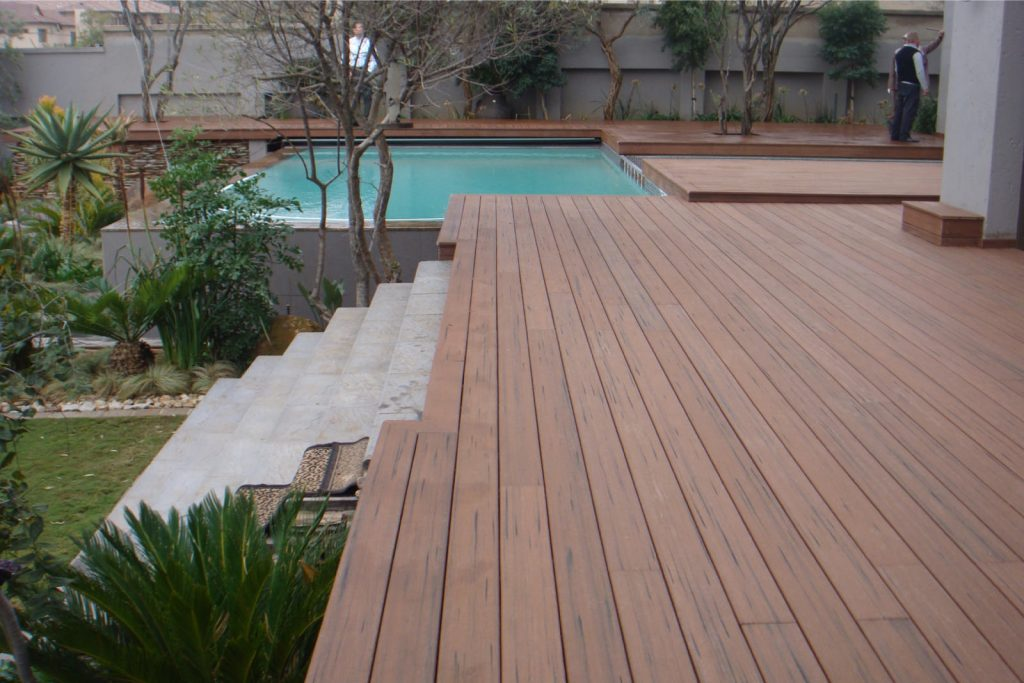 How long does composite decking last
