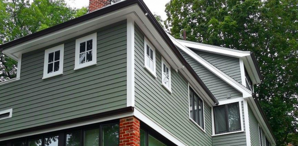 Choosing Your Siding for Winter